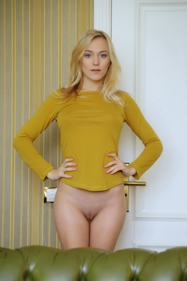 Sweety, Russian escort in Napoli that offers masajes.